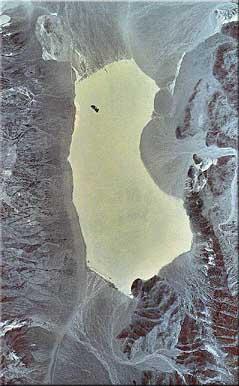 File:Racetrack Playa from space.jpg