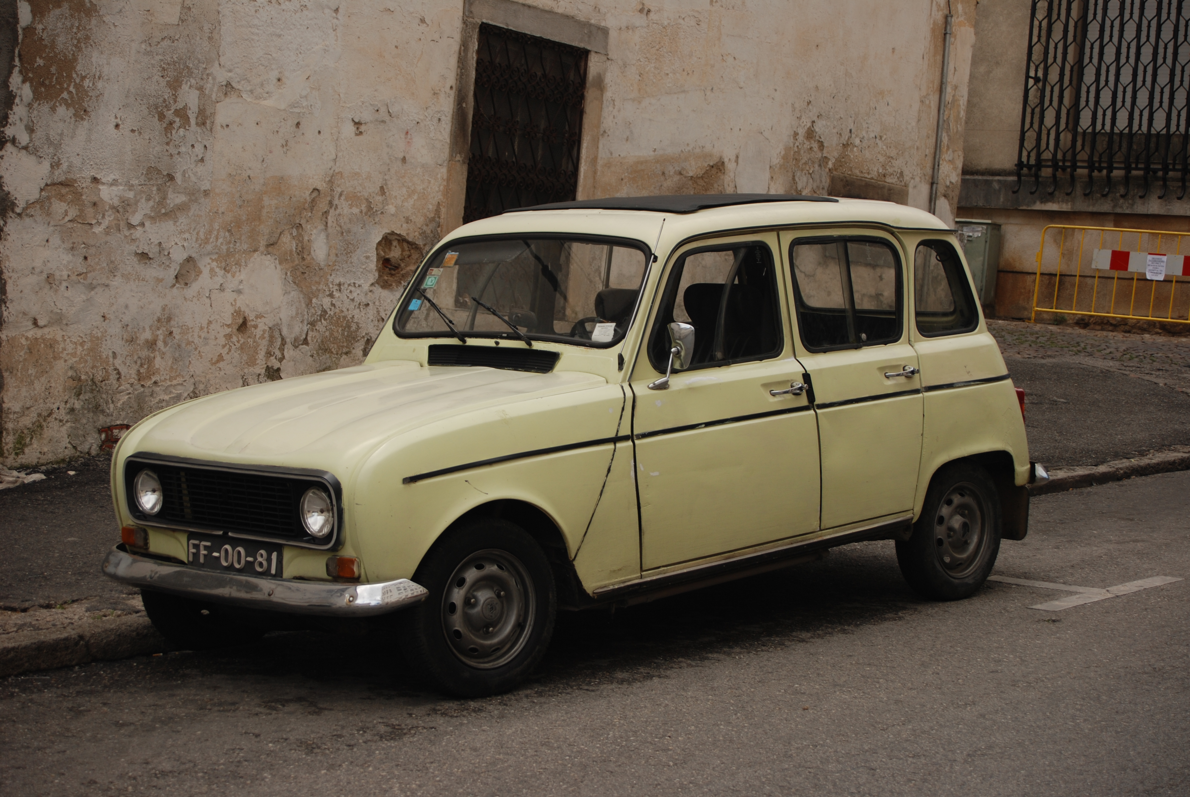 Renault 4 - Quelle: WikiCommons