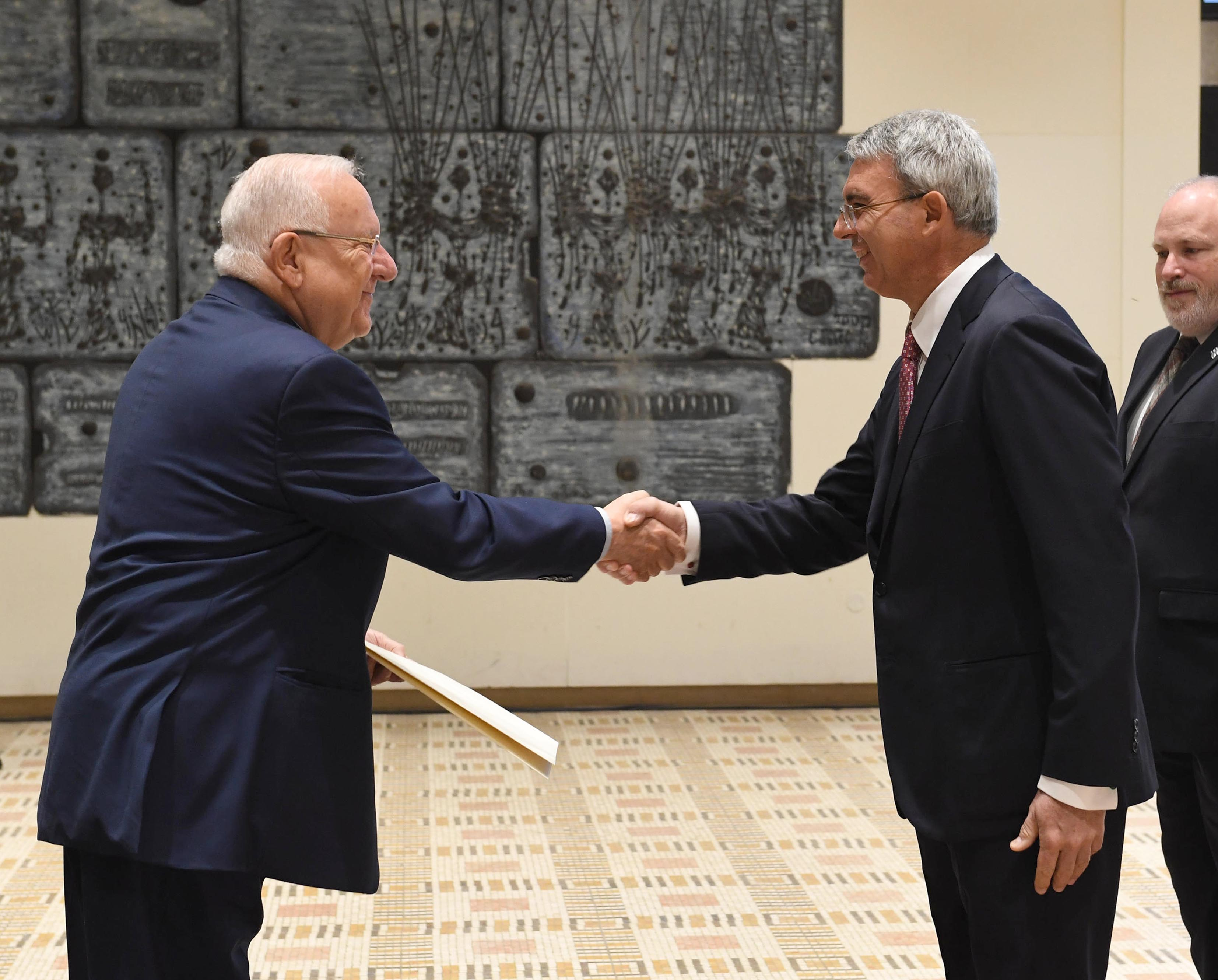 Filereuven Rivlin Receives The Credential Of The New Ambassador