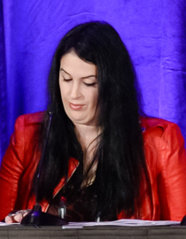Rhianna Pratchett at GDC 2016 (cropped).jpg