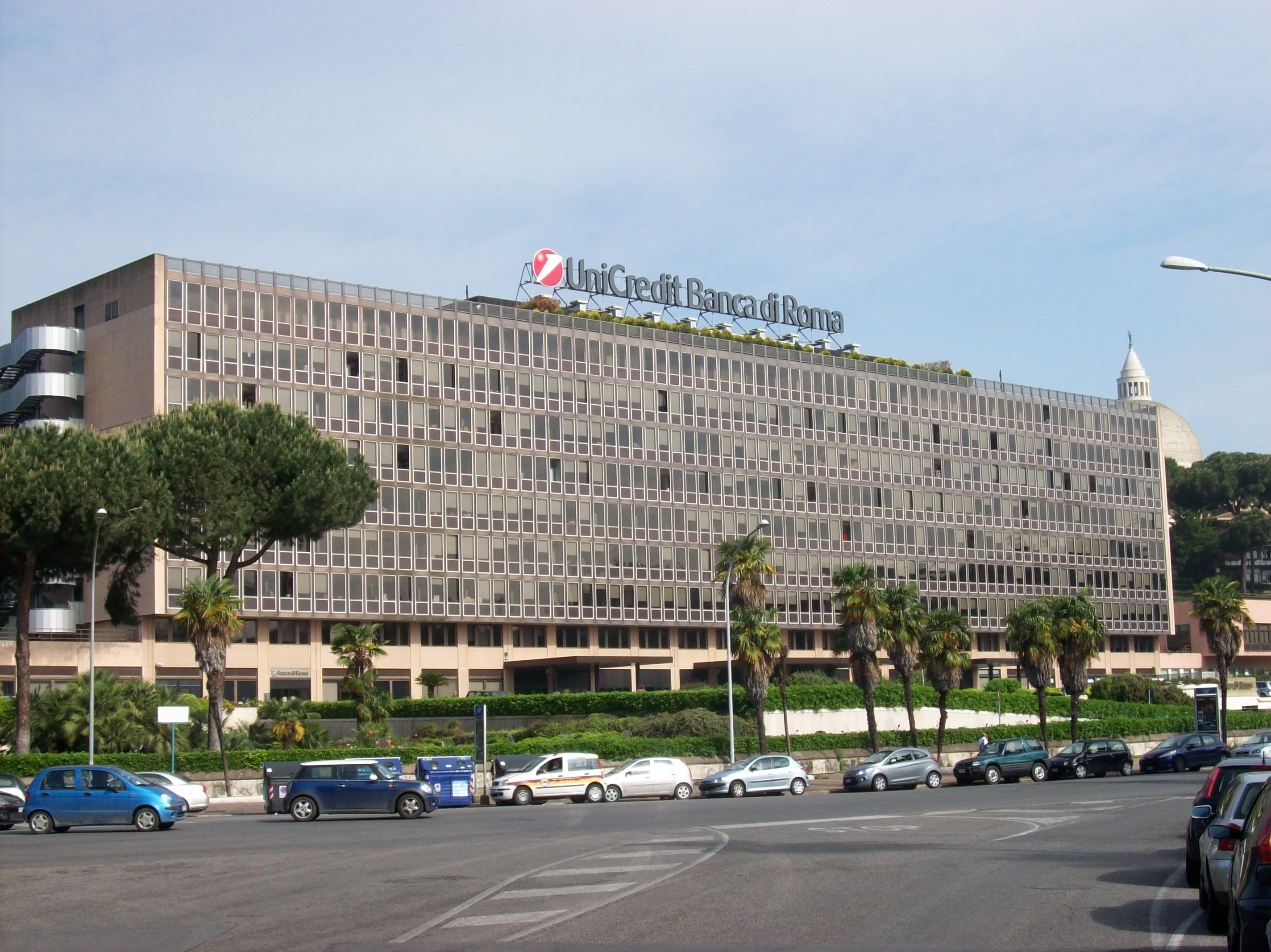 File Roma EUR sede UniCredit campo lungo