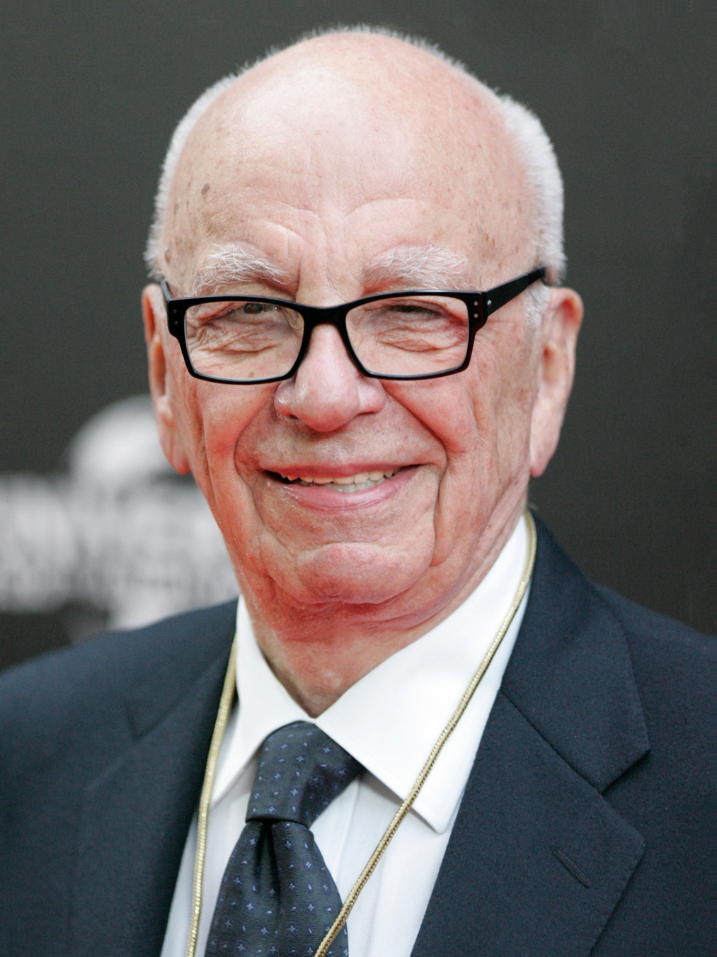 Rupert Murdoch earned a  million dollar salary, leaving the net worth at 14000 million in 2017