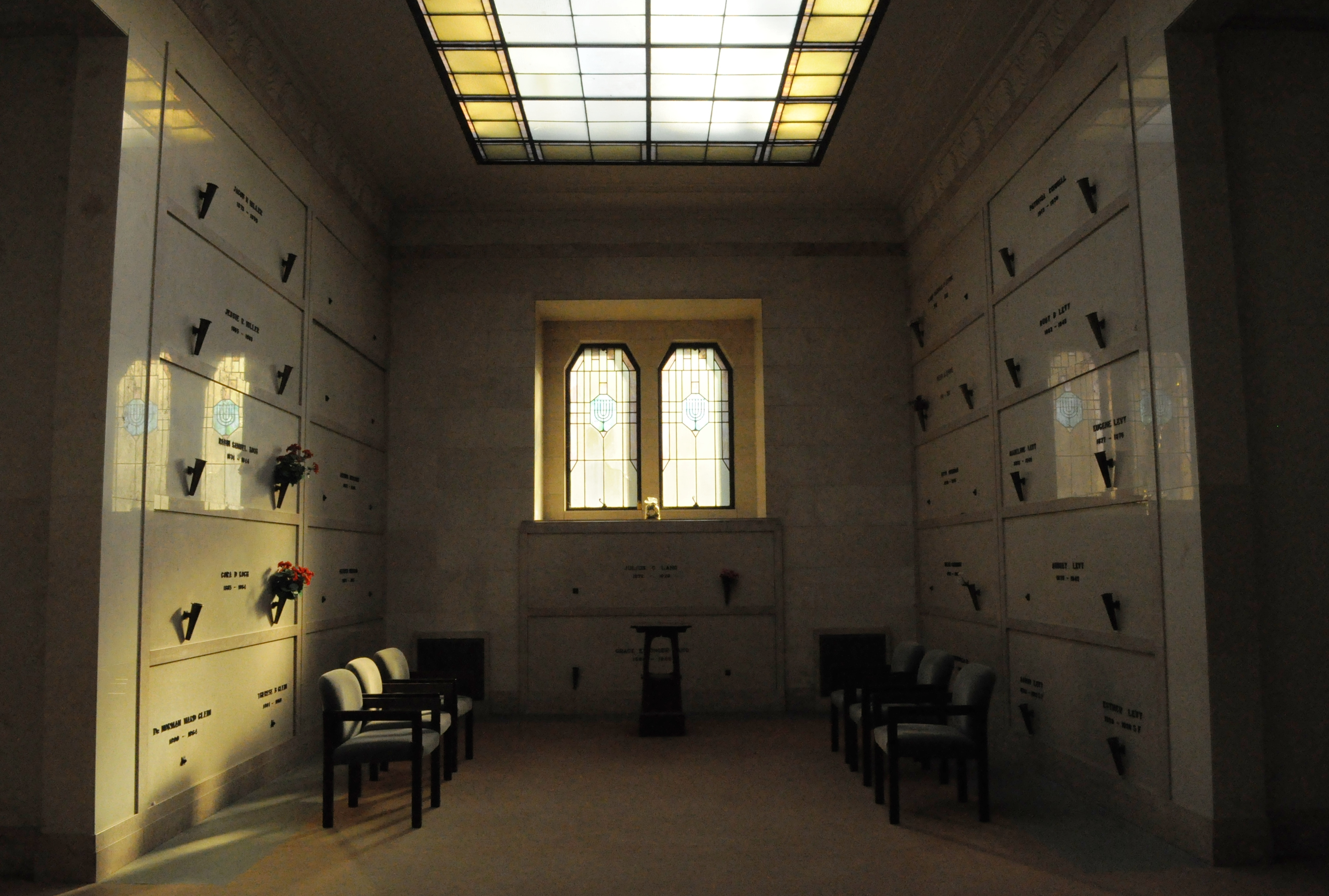 Related Keywords & Suggestions for Mausoleum Interior