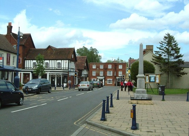 Shefford - Town Centre - geograph.org.uk - 173711