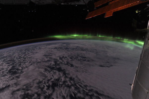 File:Southern Lights from ISS.jpg
