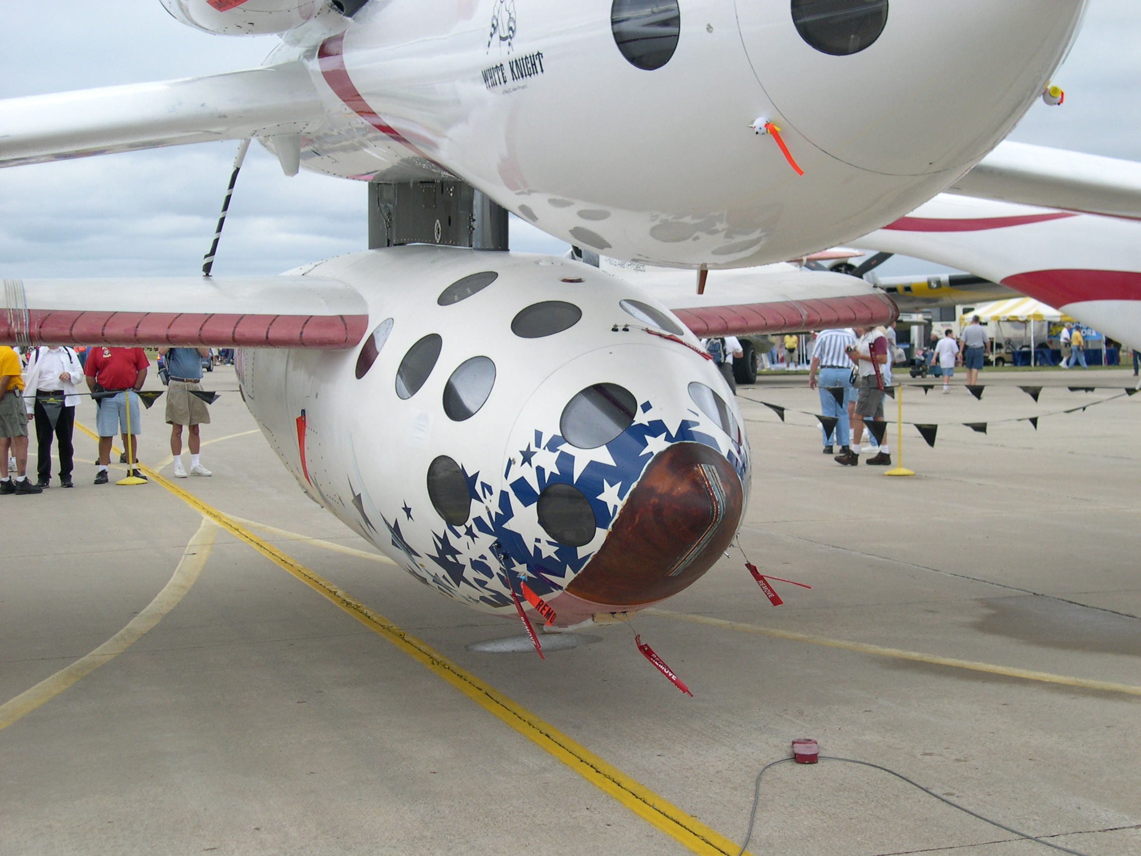SpaceShipOne hanging under White Knight