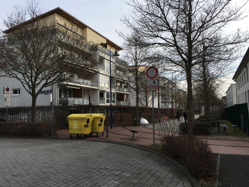 File:Spielstraße-WI-GMS-N.jpg