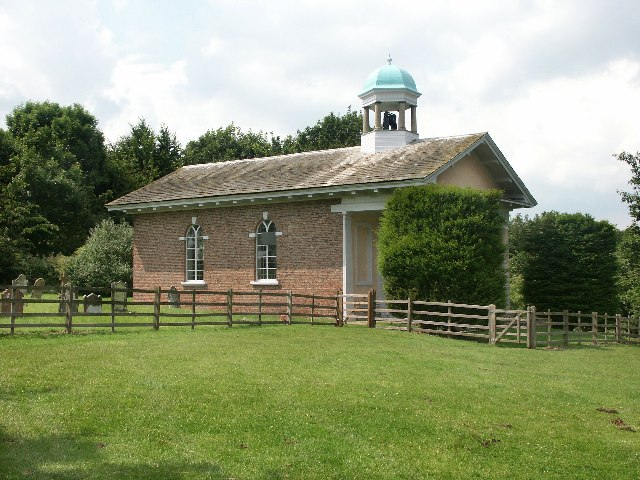 Plik:St Margaret, Well - geograph.org.uk - 105801.jpg