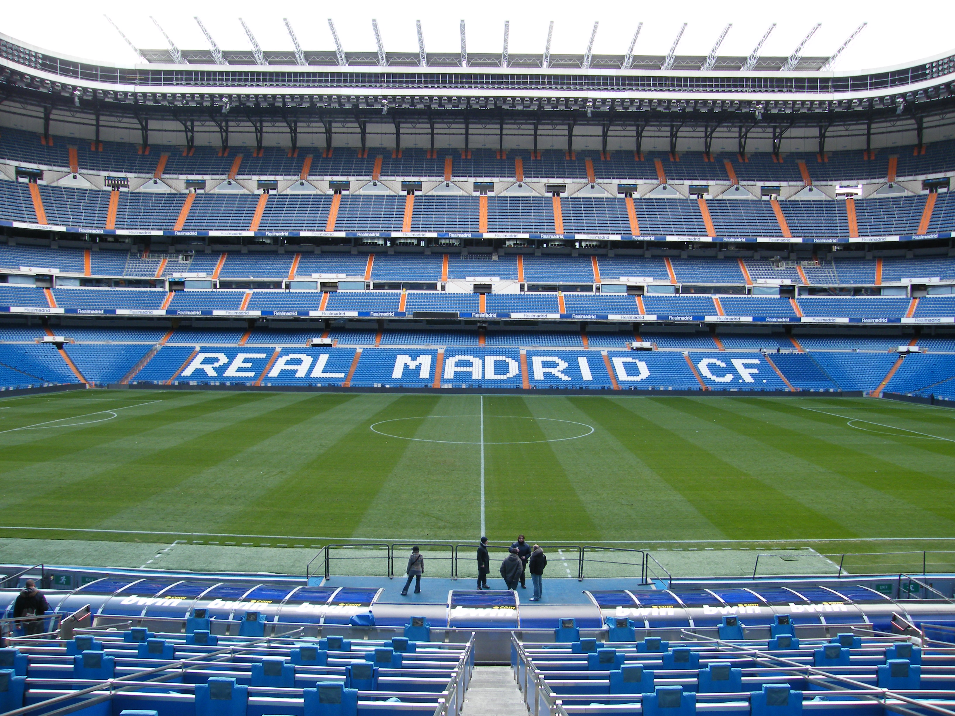 Description The Santiago Bernabeu Stadium   U G G B O Y