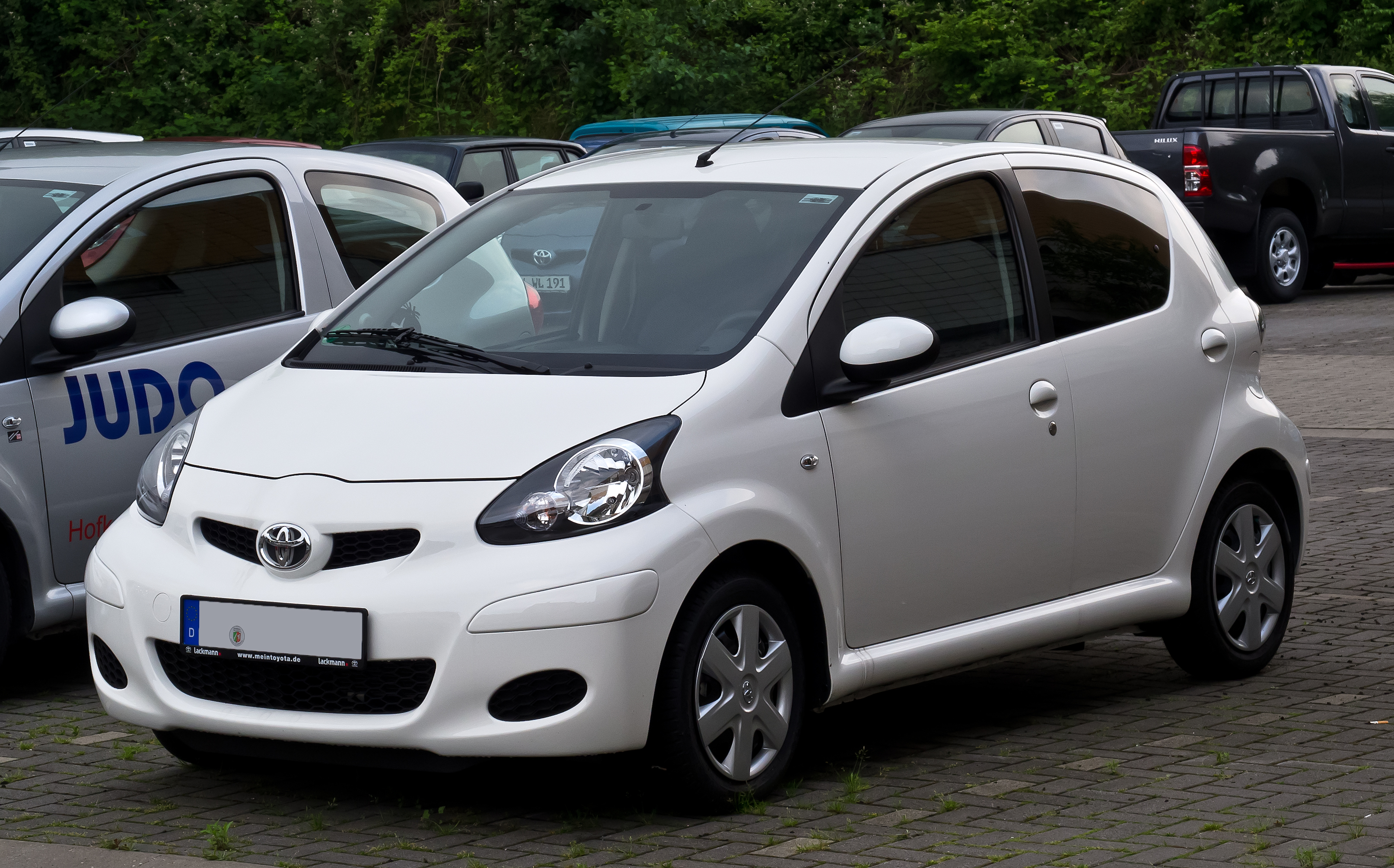 file toyota aygo facelift frontansicht 20 juni 2012 wikimedia commons. Black Bedroom Furniture Sets. Home Design Ideas