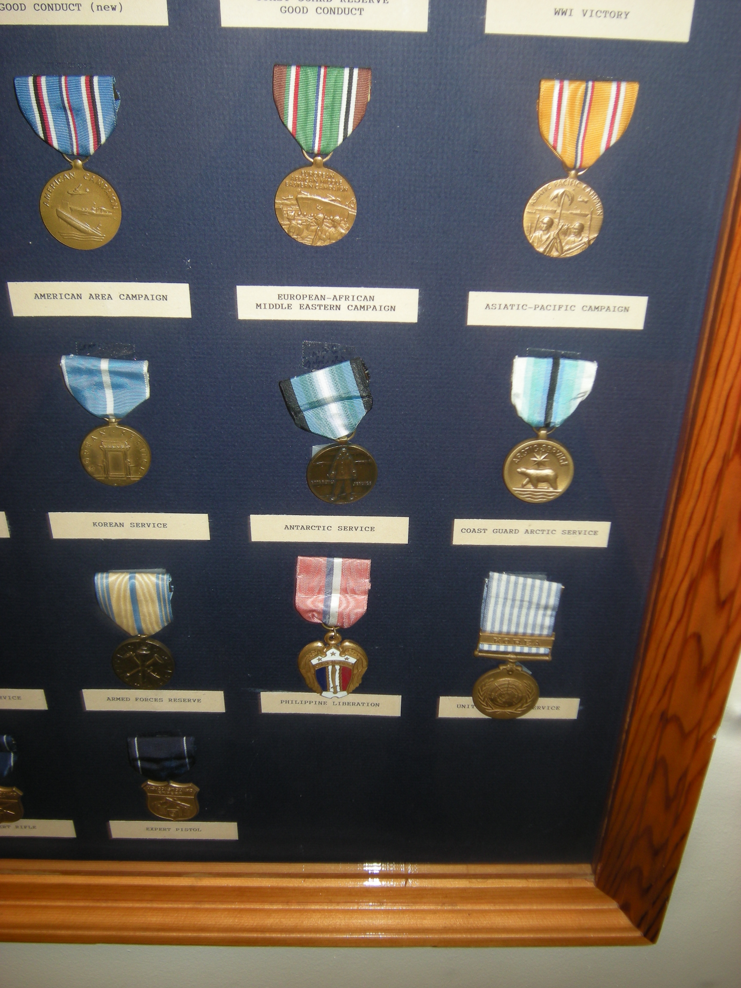 File:USCG medals 05 jpg - Wikimedia Commons