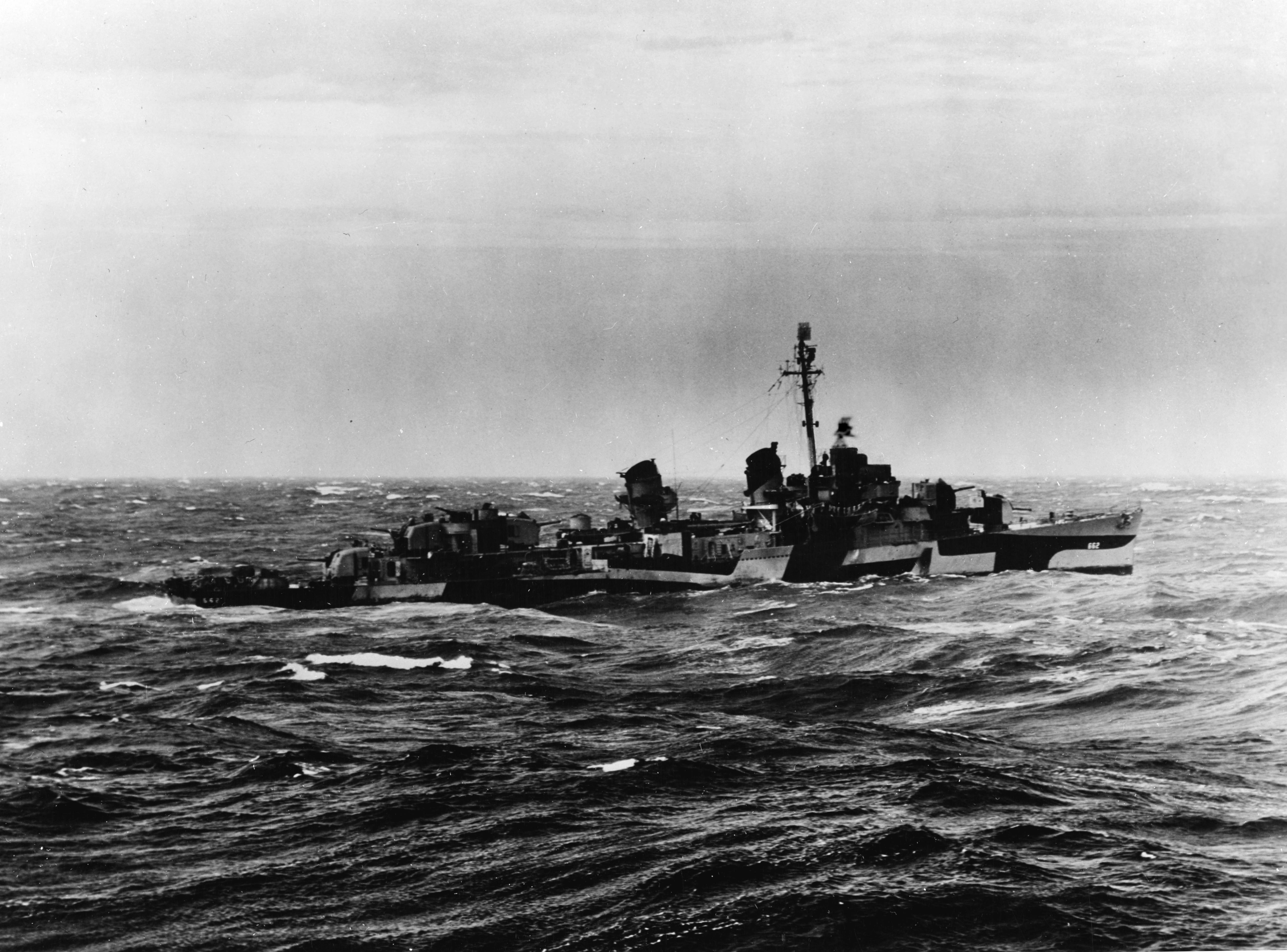 USS Bennion (DD-662), 13 January 1945.