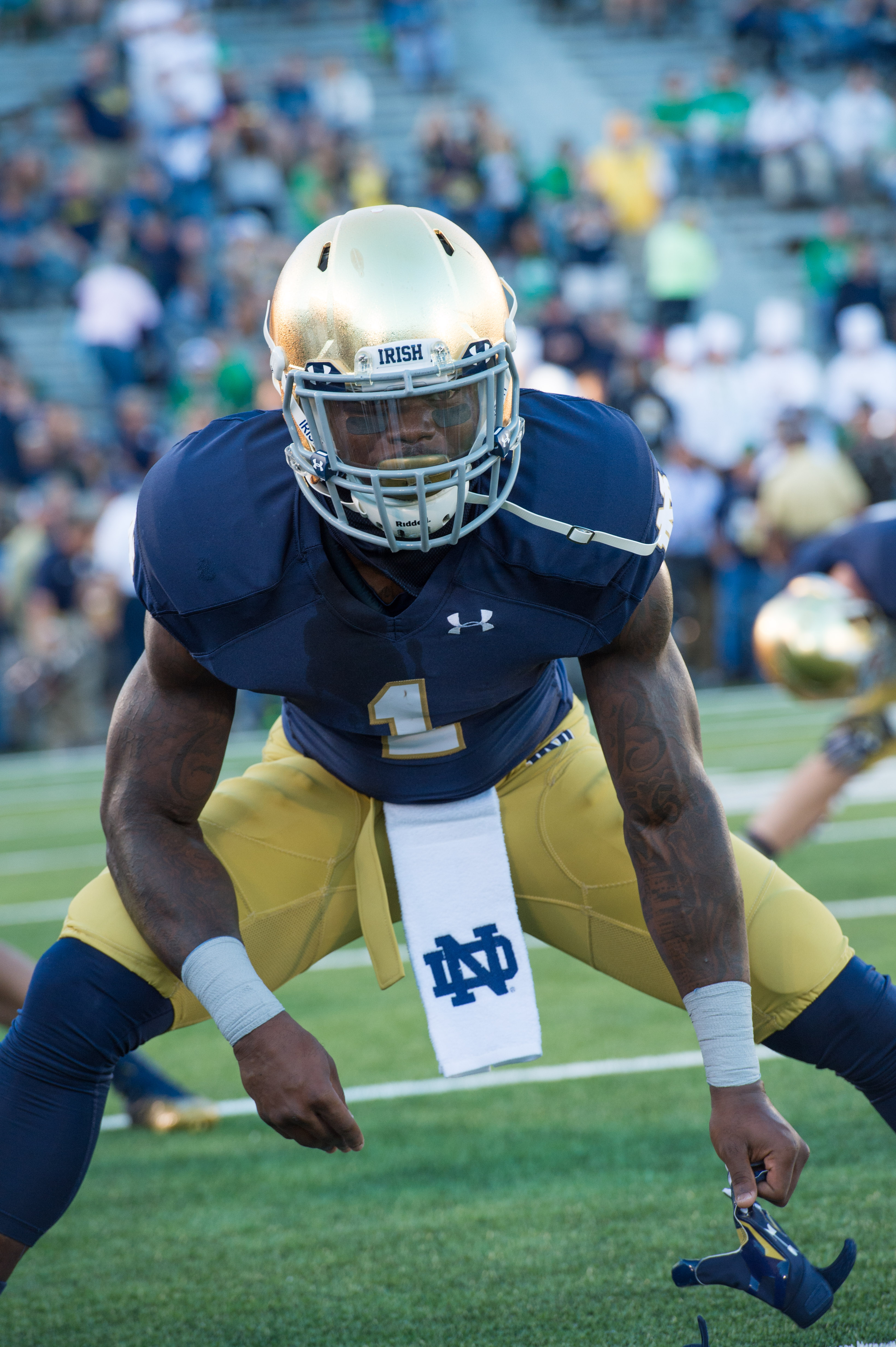 File University Of Notre Dame Running Back Greg Bryant Stretches Sept 6 2014 Before A Football Game At Notre Dame Stadium In South Bend Ind 140906 D Kc128 923 Jpg Wikimedia Commons
