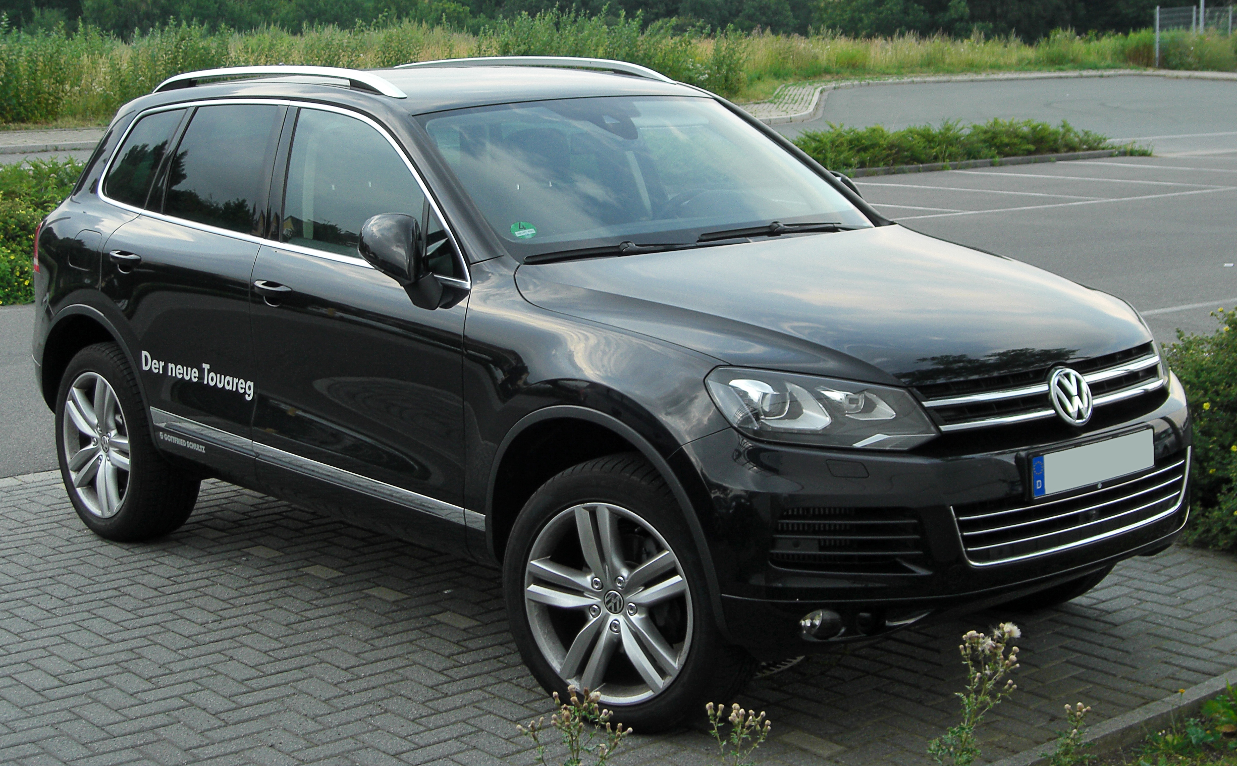 file vw touareg ii v6 tdi bluemotion front wikimedia commons. Black Bedroom Furniture Sets. Home Design Ideas
