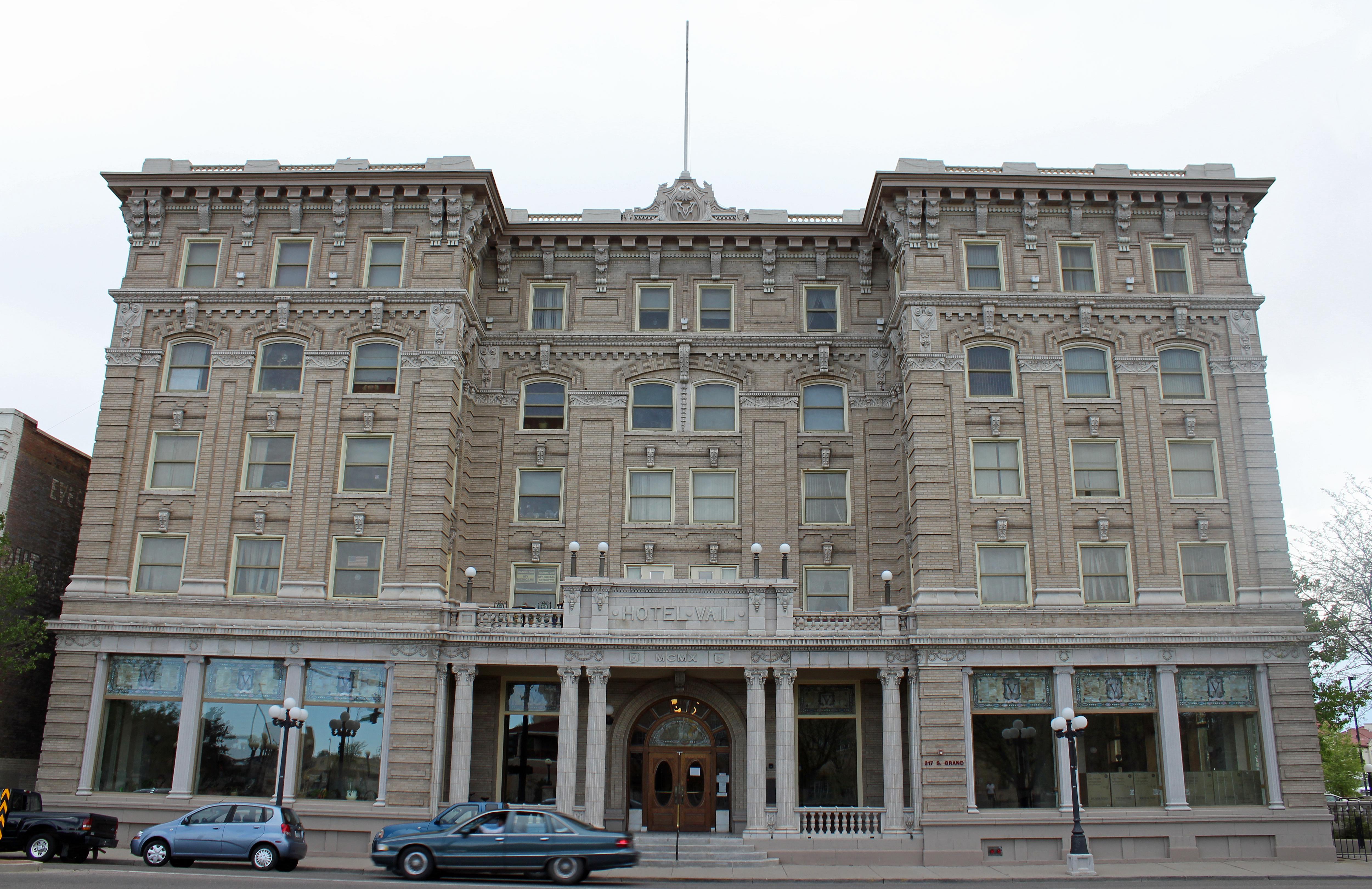 File Vail Hotel Pueblo Colorado Jpg