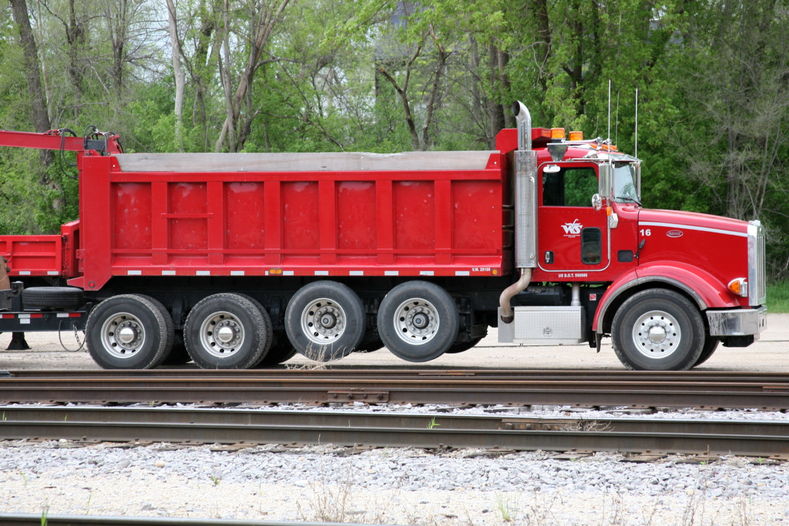 file wsor peterbilt dump truck jpg wikimedia commons
