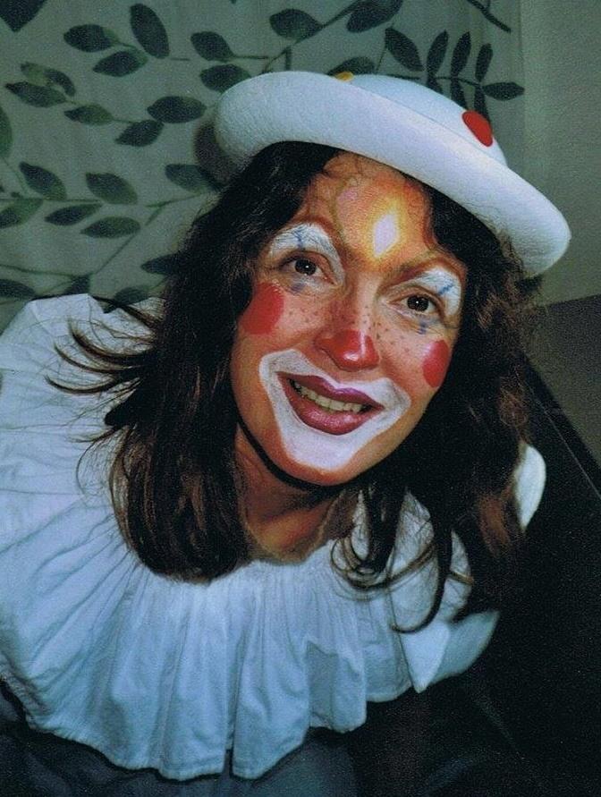 File weiblicher wikimedia commons - Clown schminken bilder ...