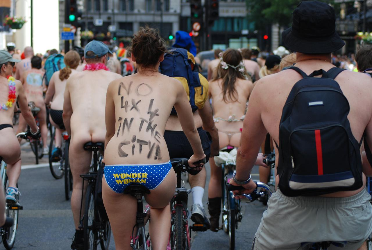 Cyclists bare all for world naked bike ride through clapham