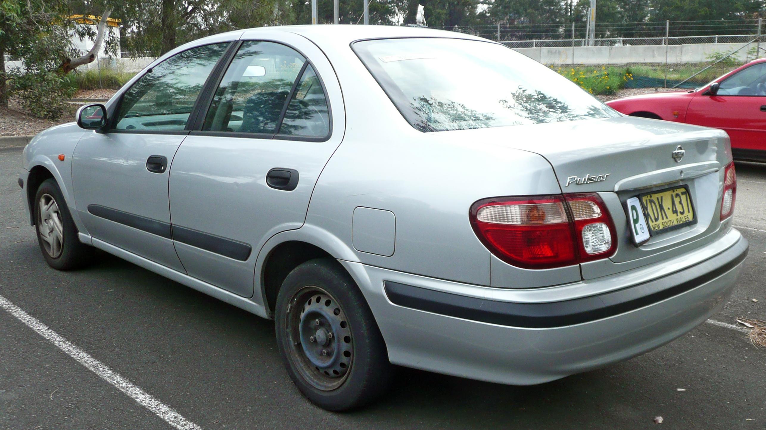 File 2000 2003 Nissan Pulsar N16 St Sedan 05 Jpg