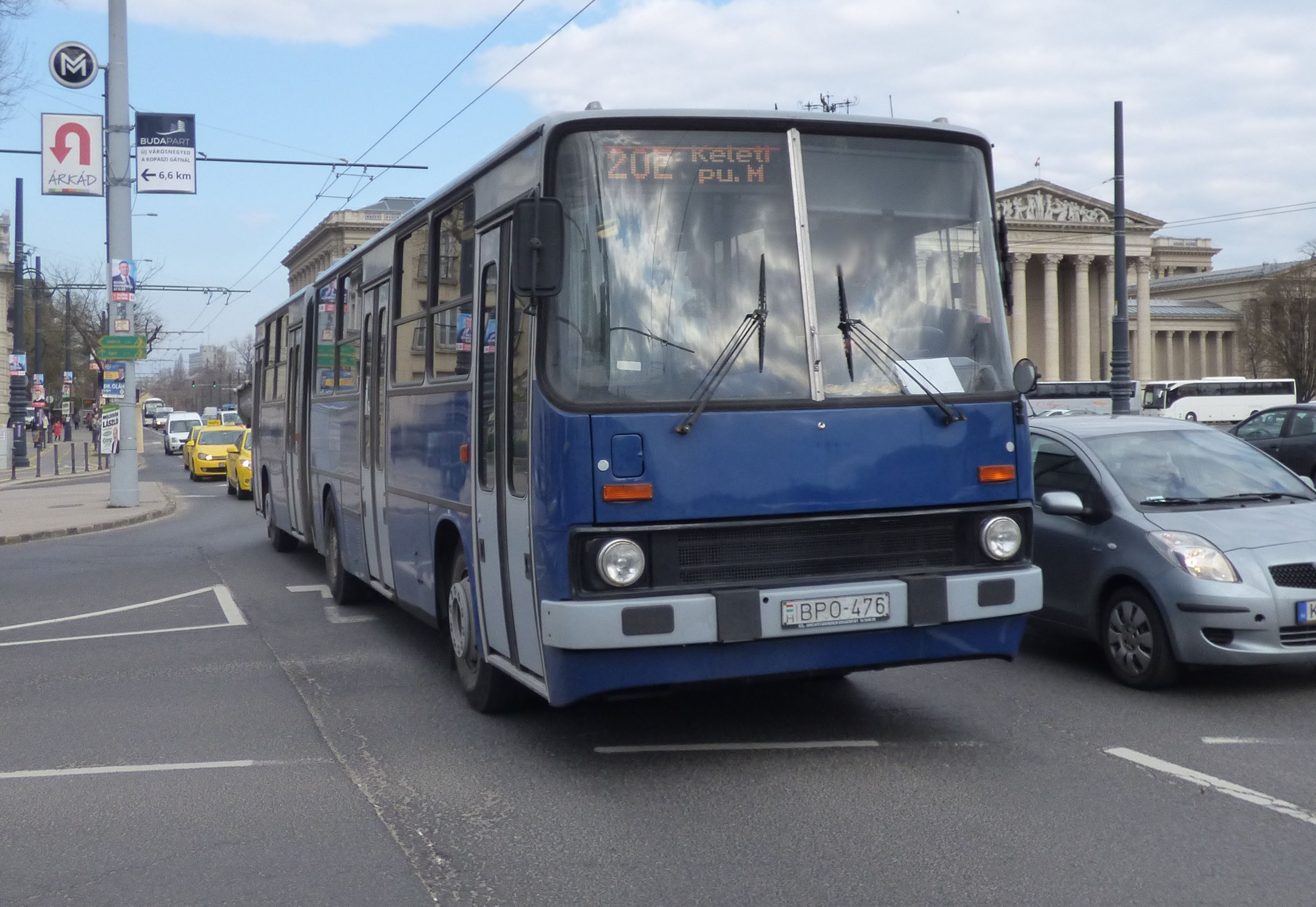 File:20E busz (BPO-476).jpg