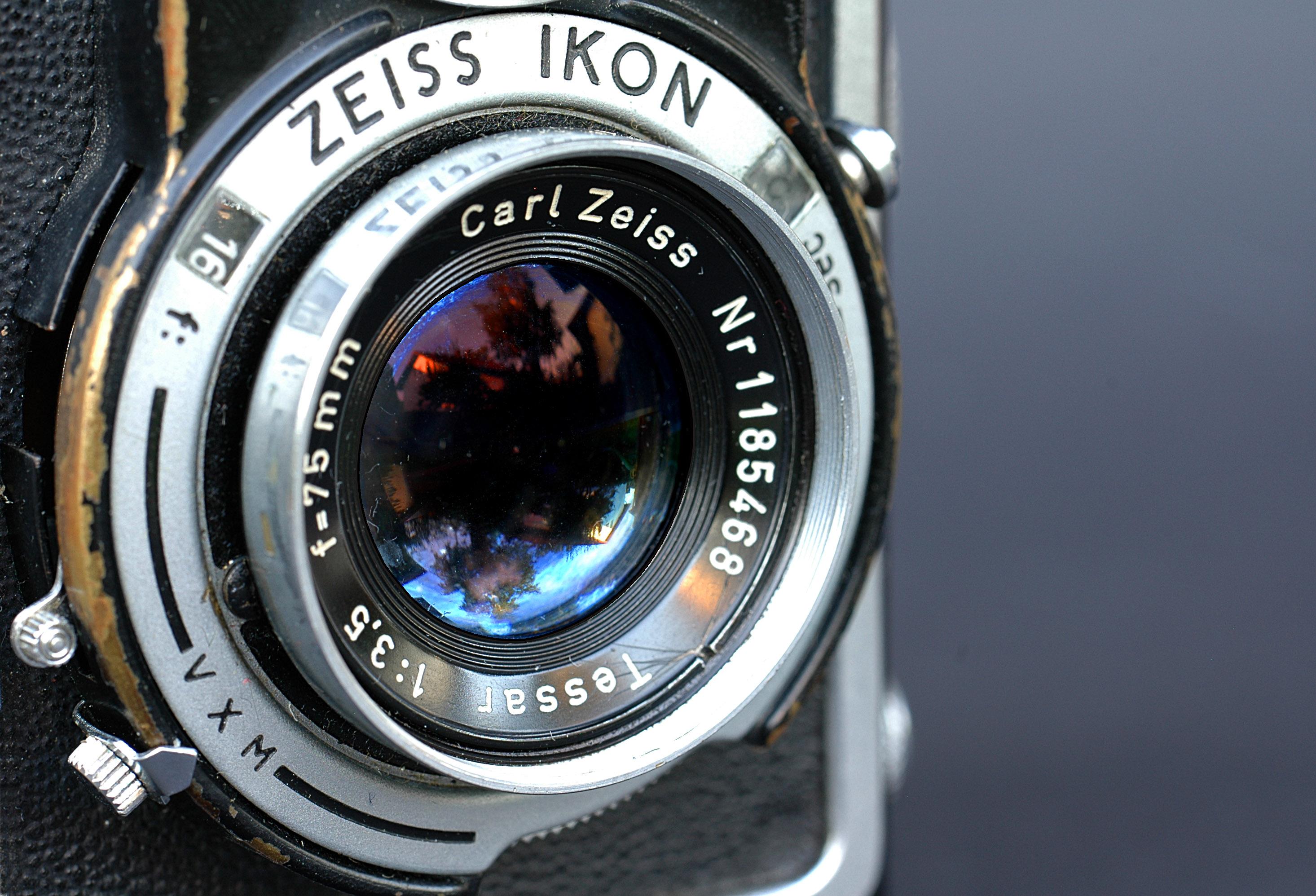 File:2774 - Zeiss Ikon Ikoflex.jpg
