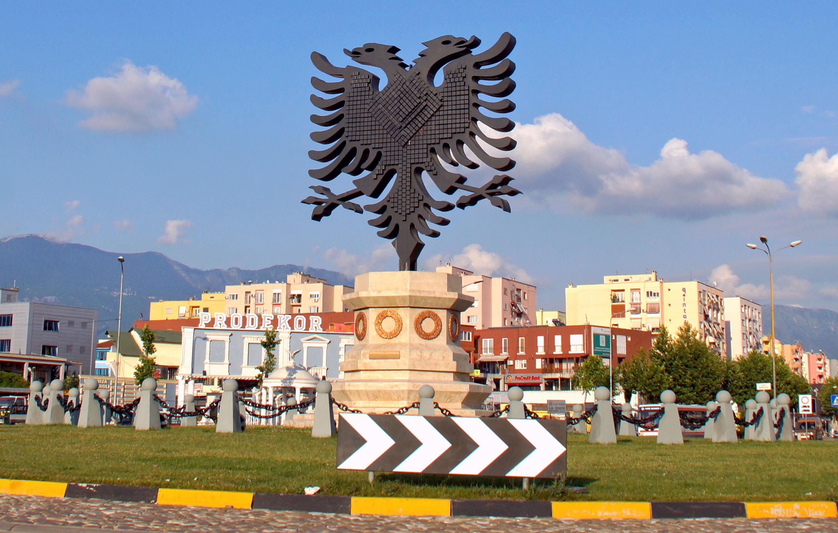 Bildergebnis für albanien tirana
