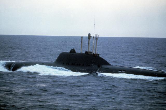 Alfa class submarine.jpg