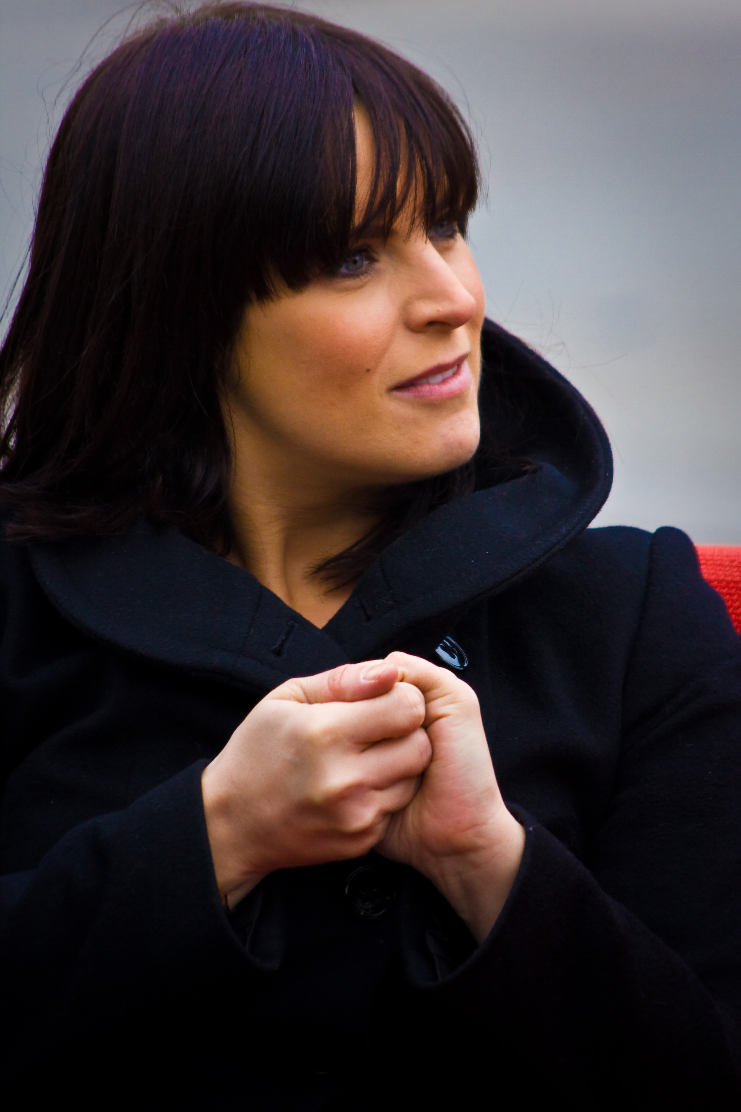 The 47-year old daughter of father (?) and mother(?) Anna Richardson in 2018 photo. Anna Richardson earned a  million dollar salary - leaving the net worth at 12 million in 2018