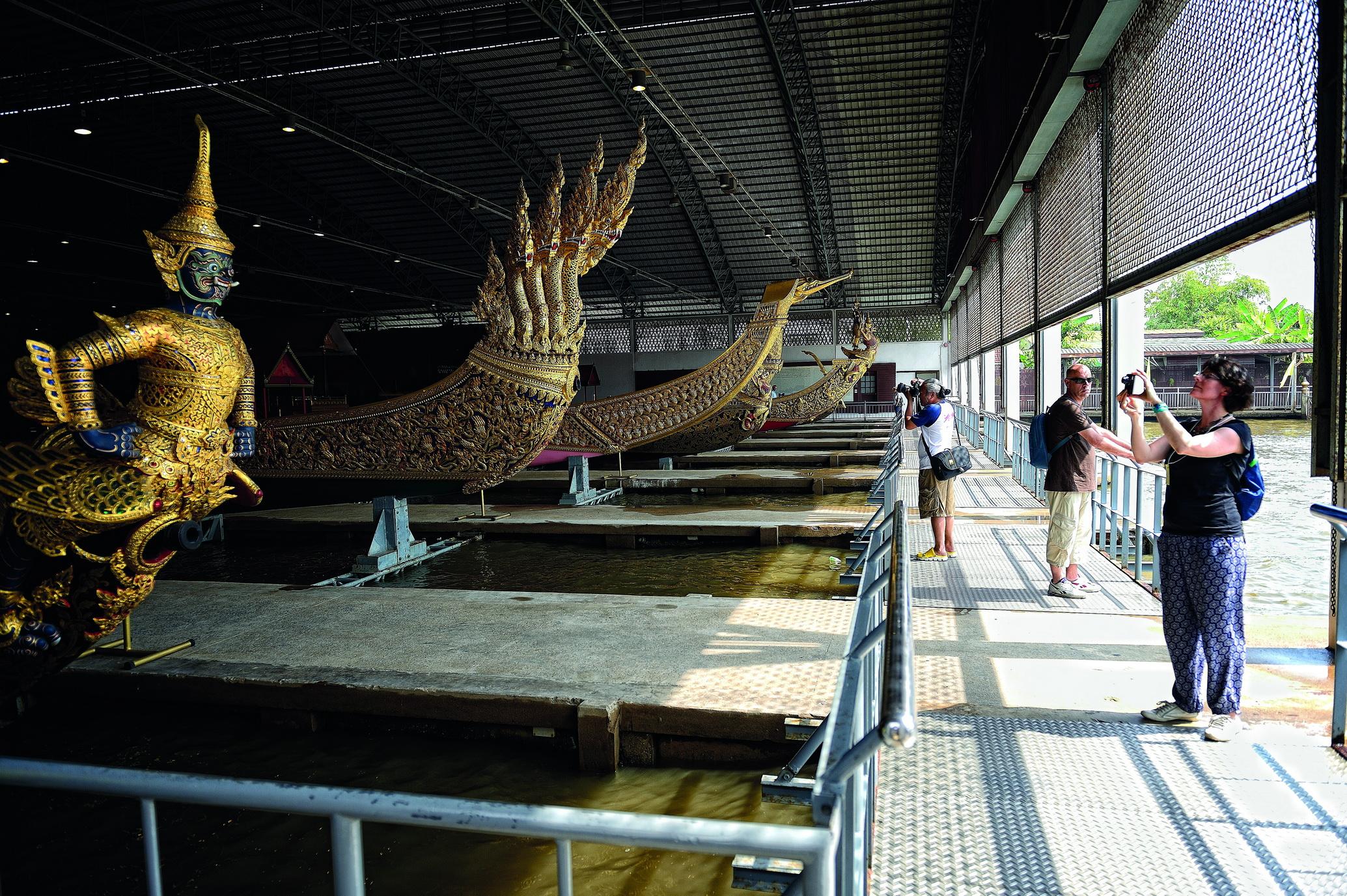 File:Bangkok Royal Barge National Museum 4.jpg - Wikimedia Commons