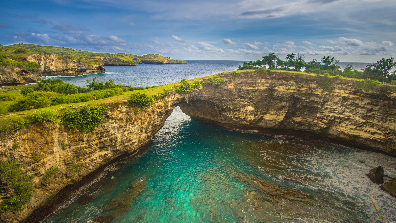 Nusa Penida, Bali, Broken Bay Beach, Kelingking Beach, New Treasure in Bali,