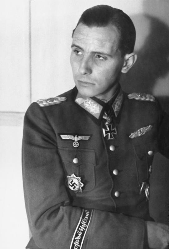 Otto Ernst Remer - Wikipedia, la enciclopedia libre