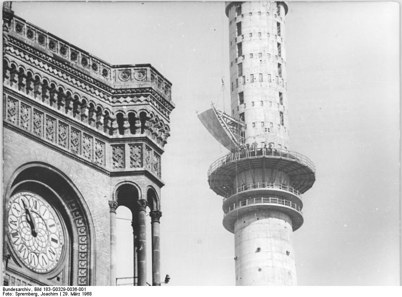 Dateibundesarchiv Bild 183 G0329 0036 001 Berlin Fernsehturm Bau