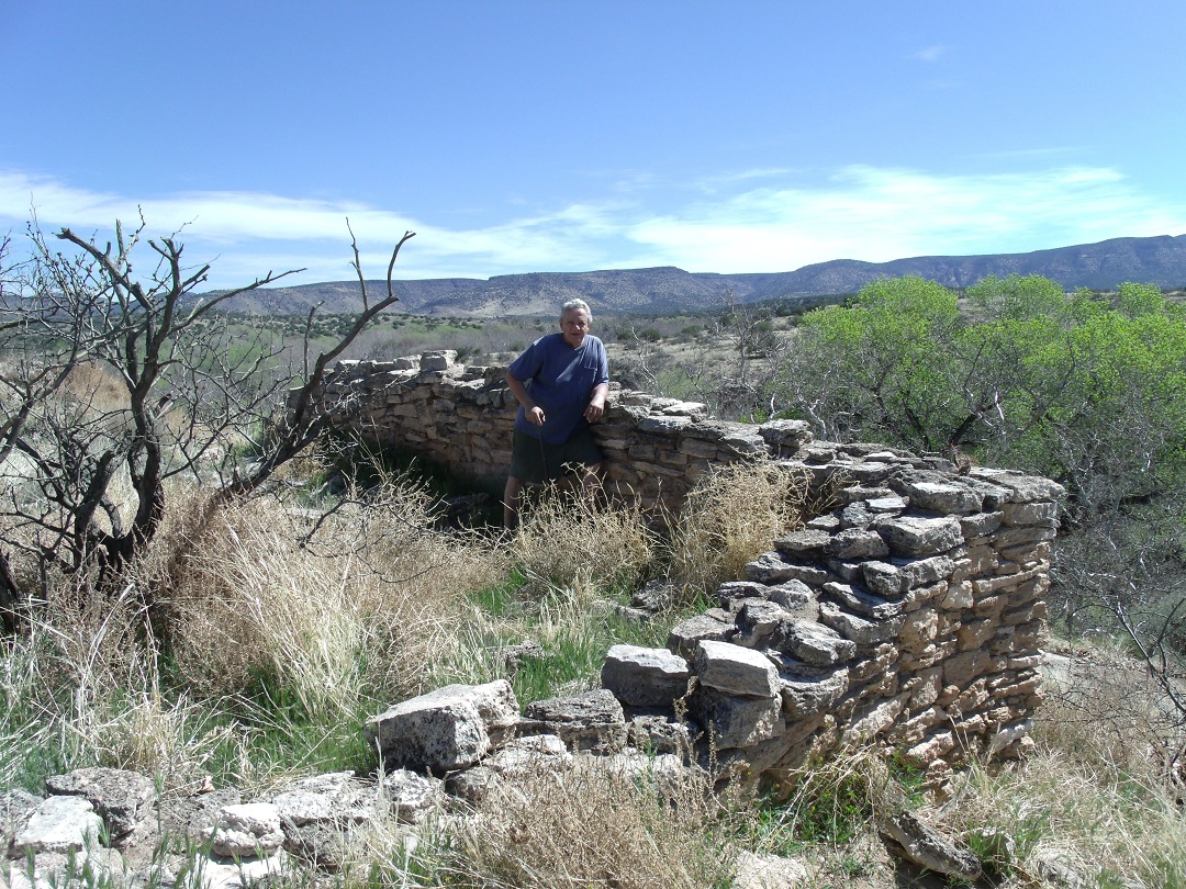 file camp verde montezuma well ruins of a sinagua home 3 jpg wikimedia commons. Black Bedroom Furniture Sets. Home Design Ideas
