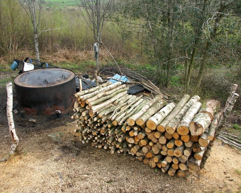 File Charcoal Burner Bouth Woods Jpg Wikimedia Commons