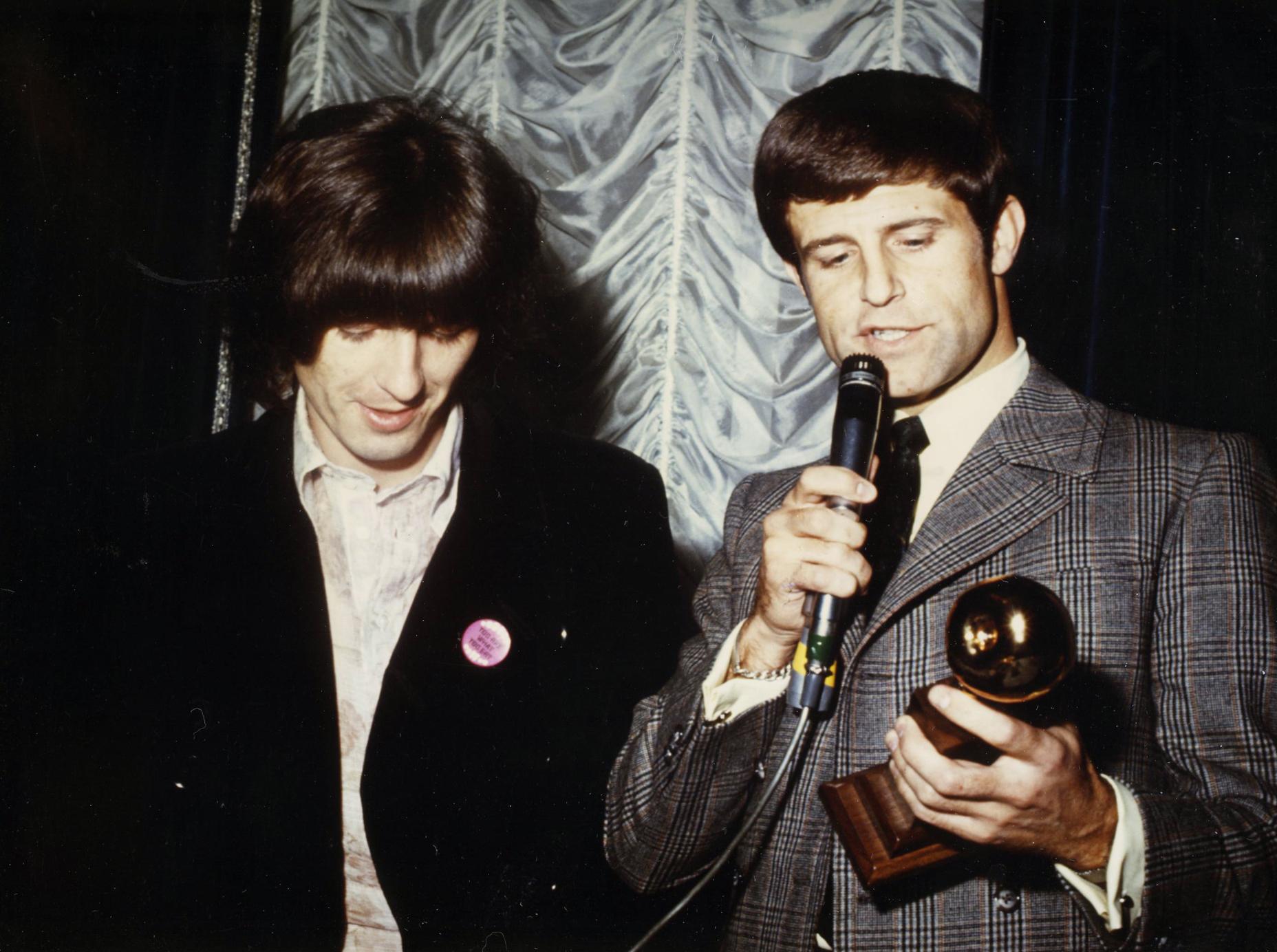 FileDon Grierson With George Harrison Golden Apple Awardjpeg