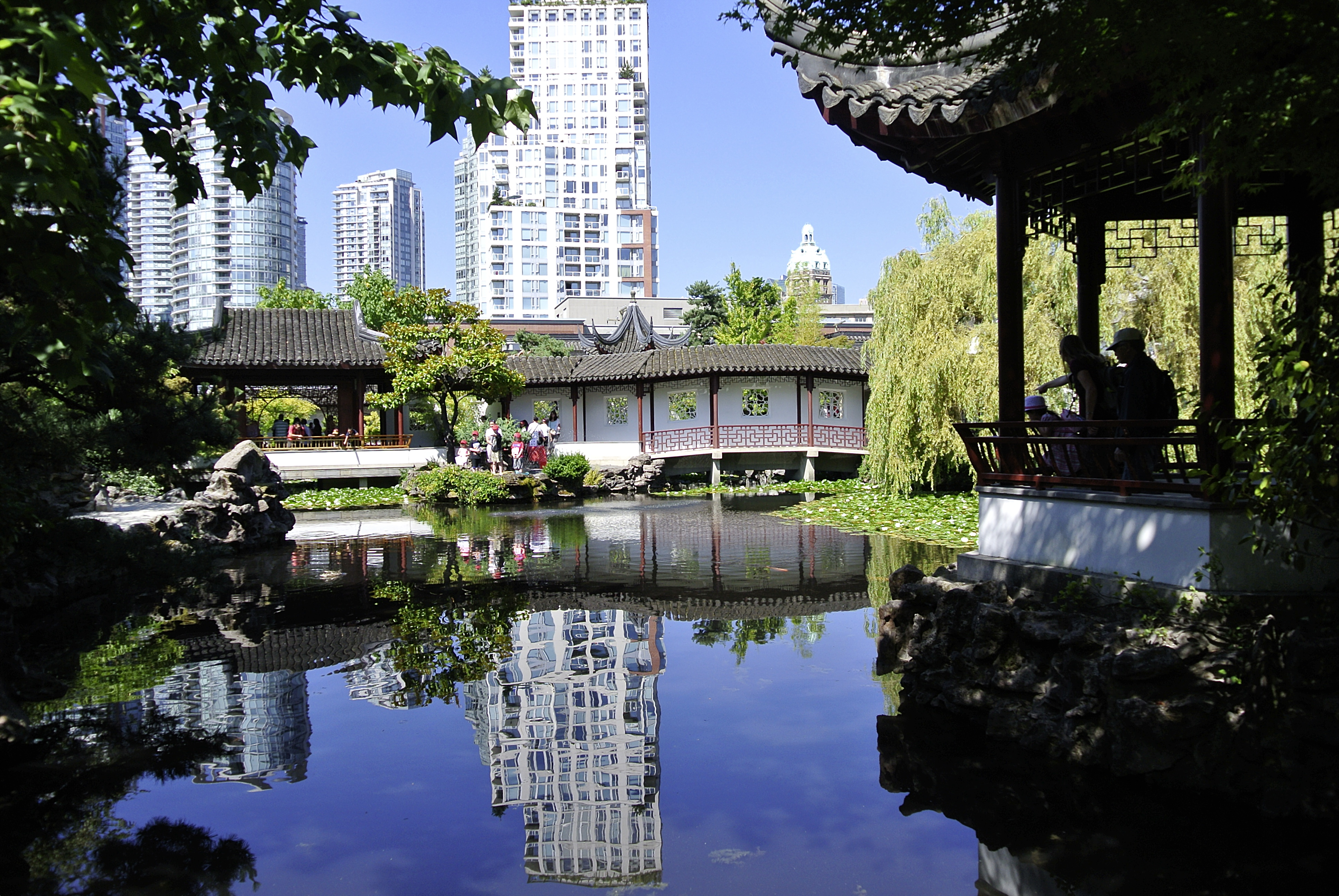 14 fantastic places you have to visit in vancouver canada hand