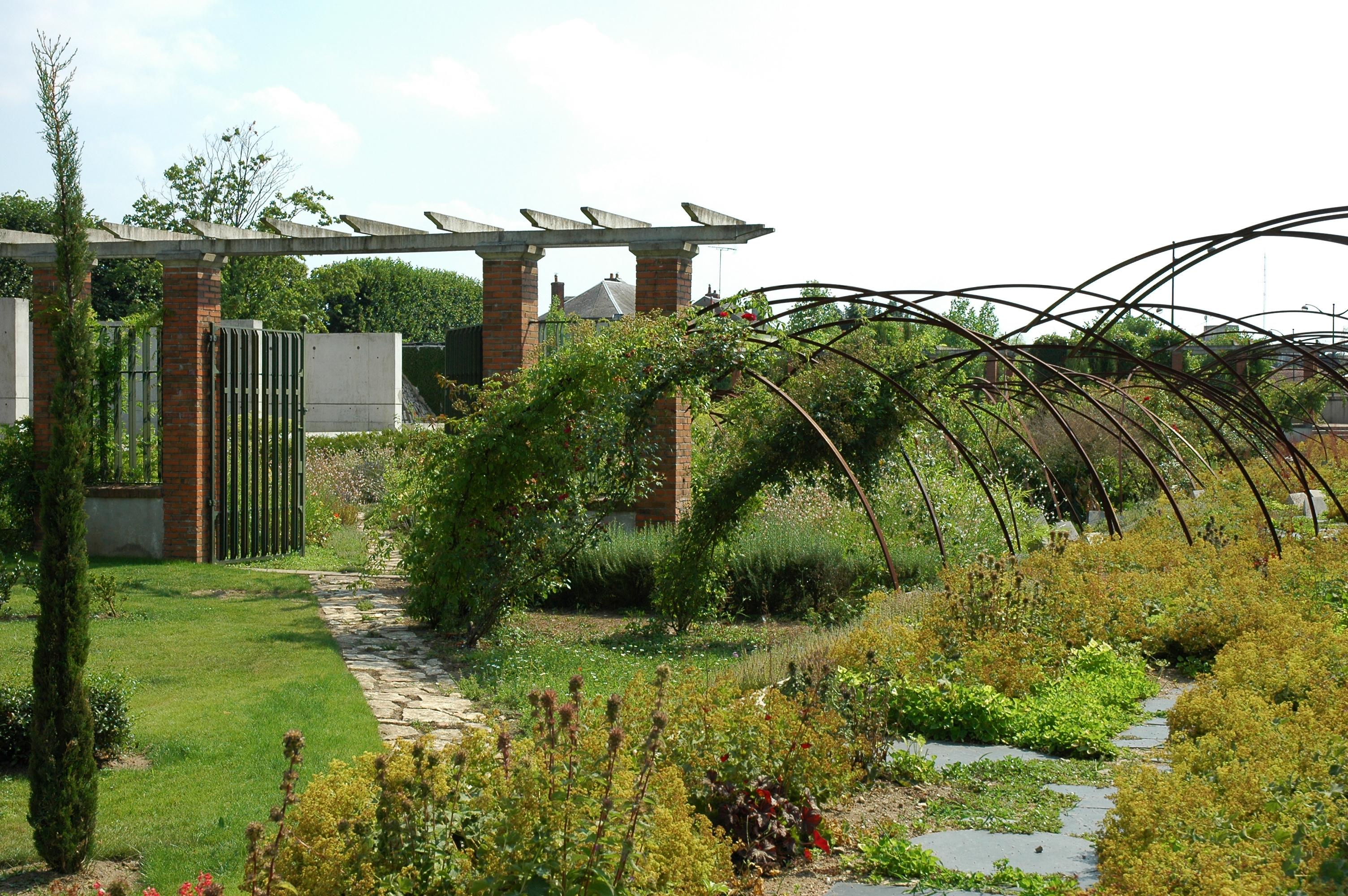 File france orleans jardin des plantes 01 jpg wikimedia for Jardine des plantes