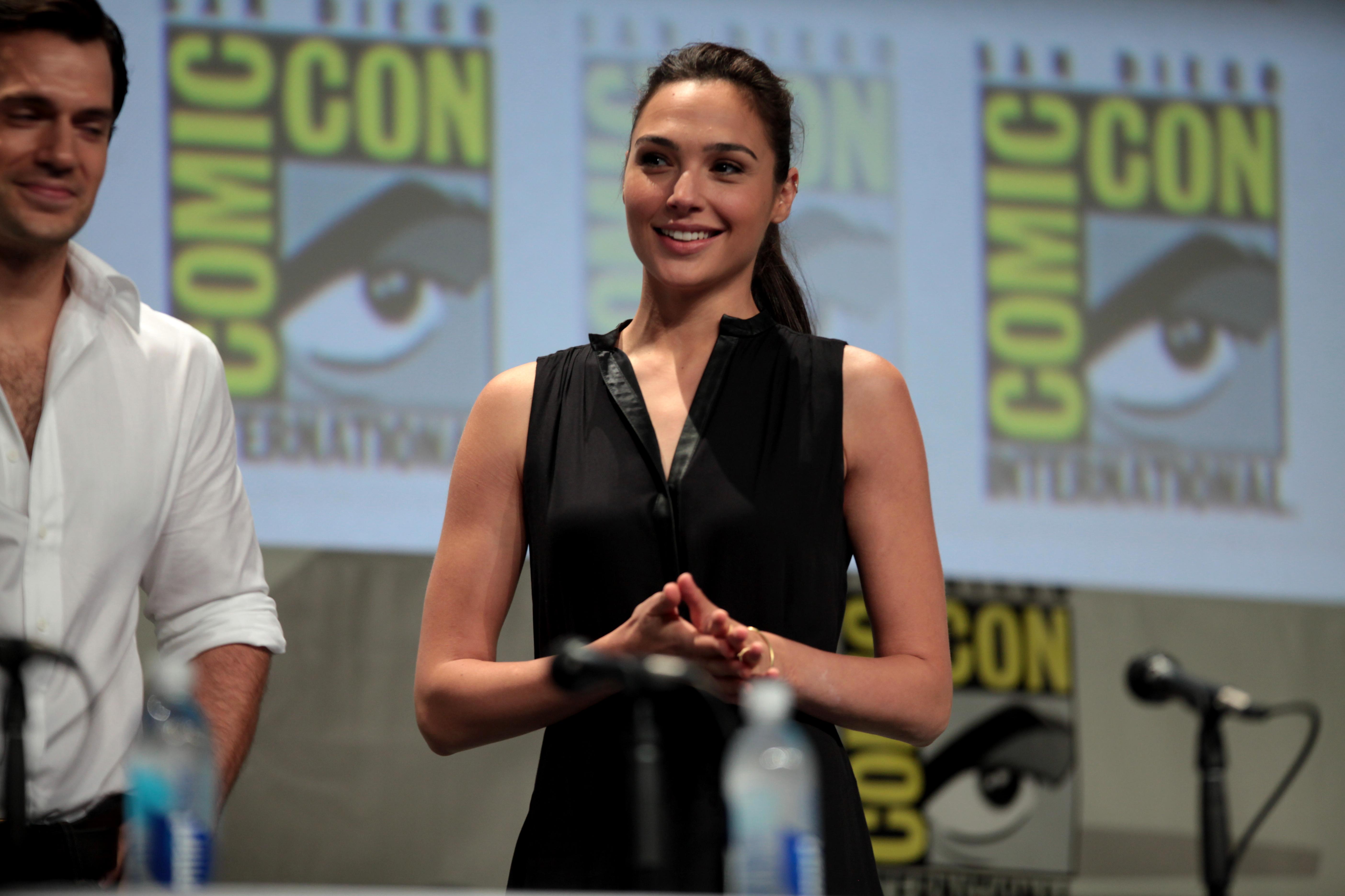http://upload.wikimedia.org/wikipedia/commons/c/c9/Gal_Gadot_2014_Comic_Con.jpg