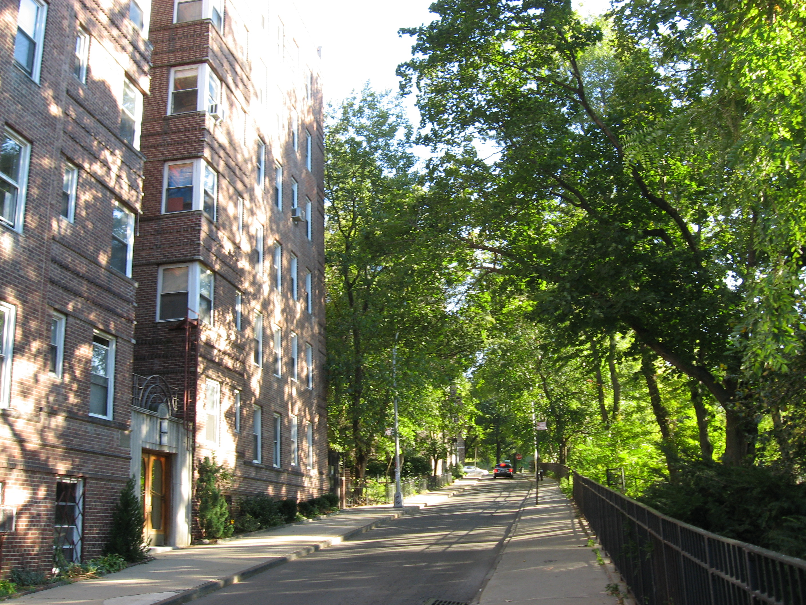 Park Broadway Apartments