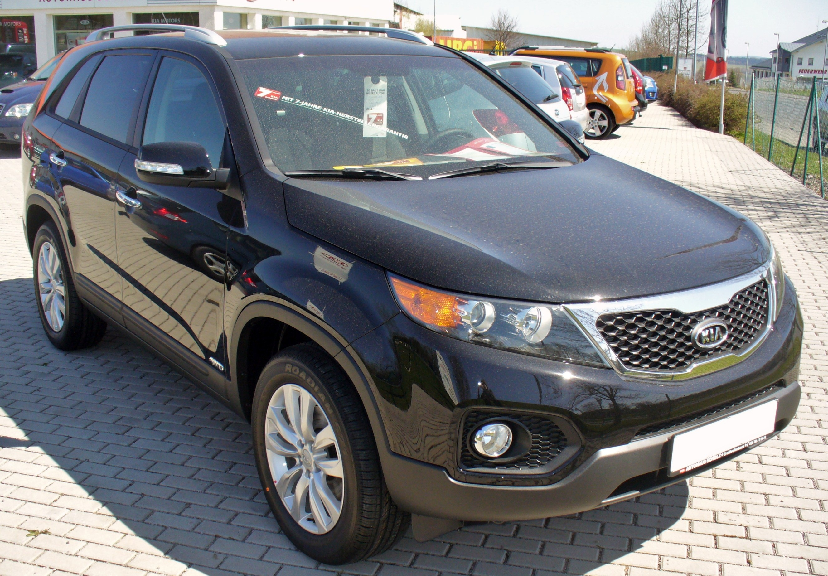 file kia sorento 2 2 crdi 4wd vision schwarz jpg wikimedia commons. Black Bedroom Furniture Sets. Home Design Ideas