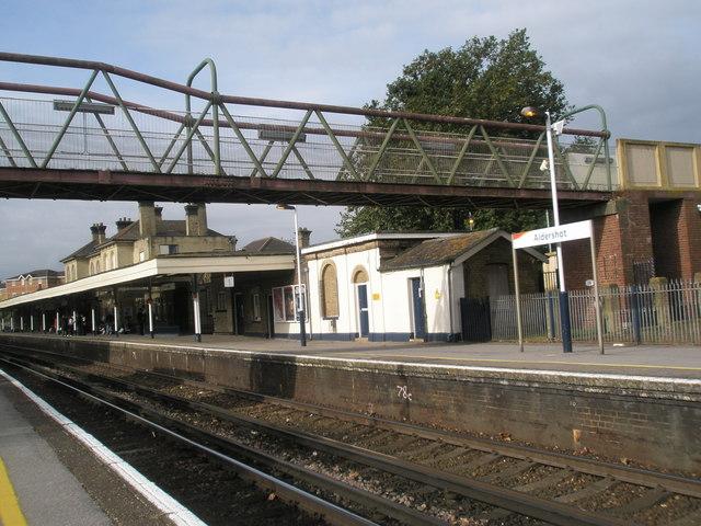 File Looking Across From Platform 2 To Platform 1 At Aldershot