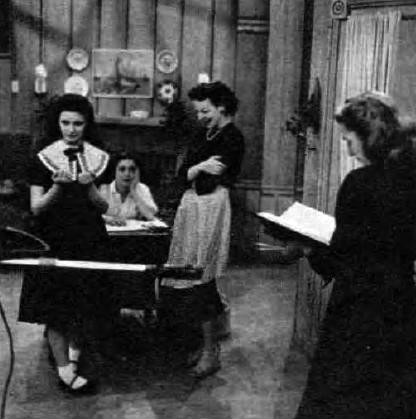 A 1951 rehearsal for the program. From left: Margaret O'Brien, Pat Gaye, Anna Lee, and script girl Audrey Peters