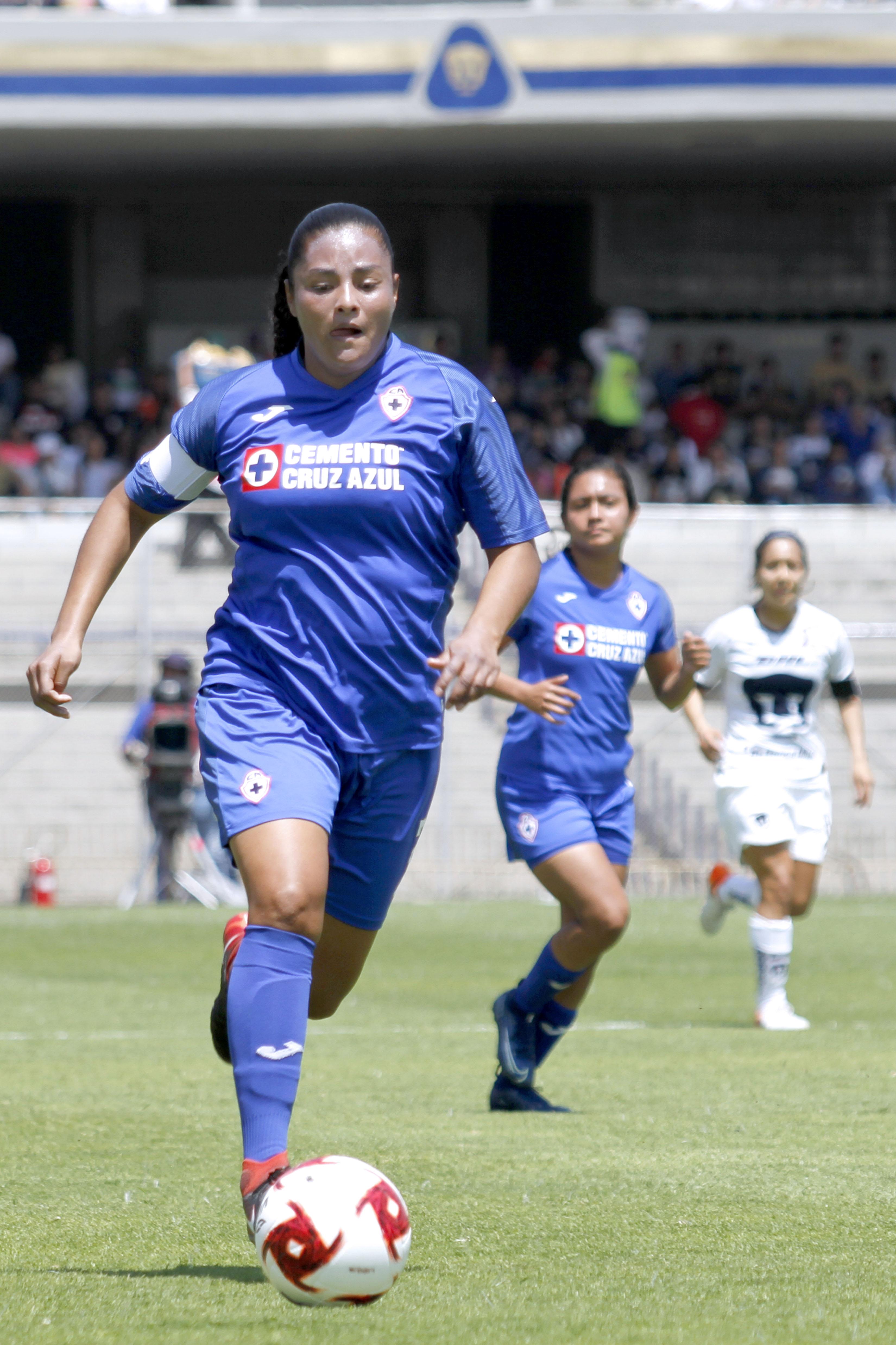 Marylin Díaz Cruz Azul 2020.jpg