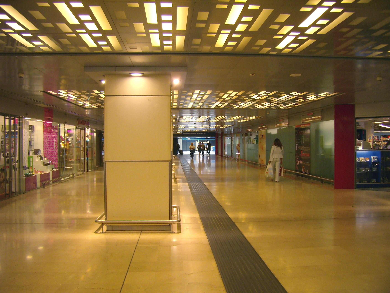 File milano porta garibaldi sottopassaggio jpg wikimedia - Passante porta garibaldi ...