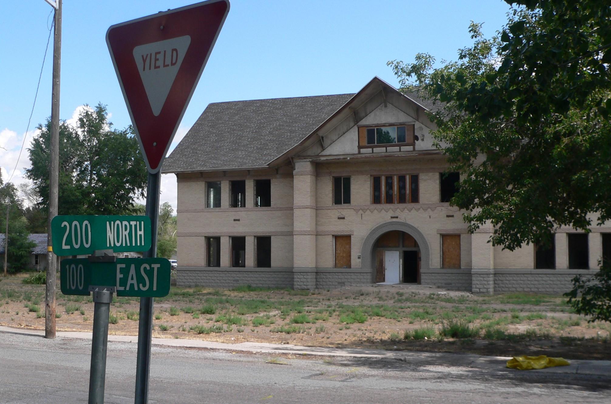 File:Millard Academy (Hinckley, UT) location 1.JPG - Wikimedia Commons