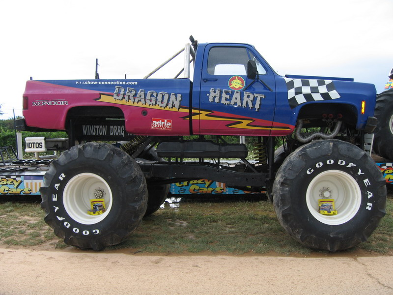 File:Monster truck 2.JPG