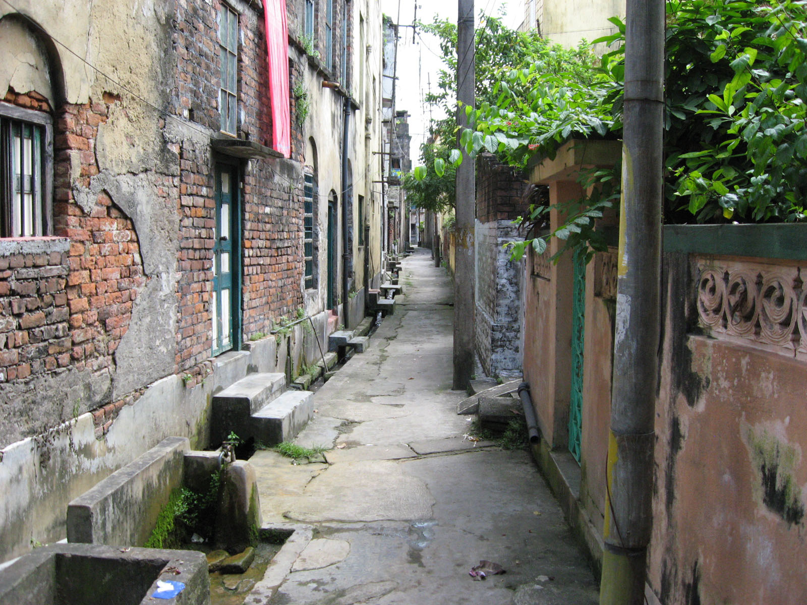 File:Naihati lane.JPG - Wikimedia Commons
