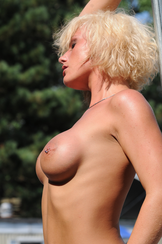 Piercing Nipple Popular