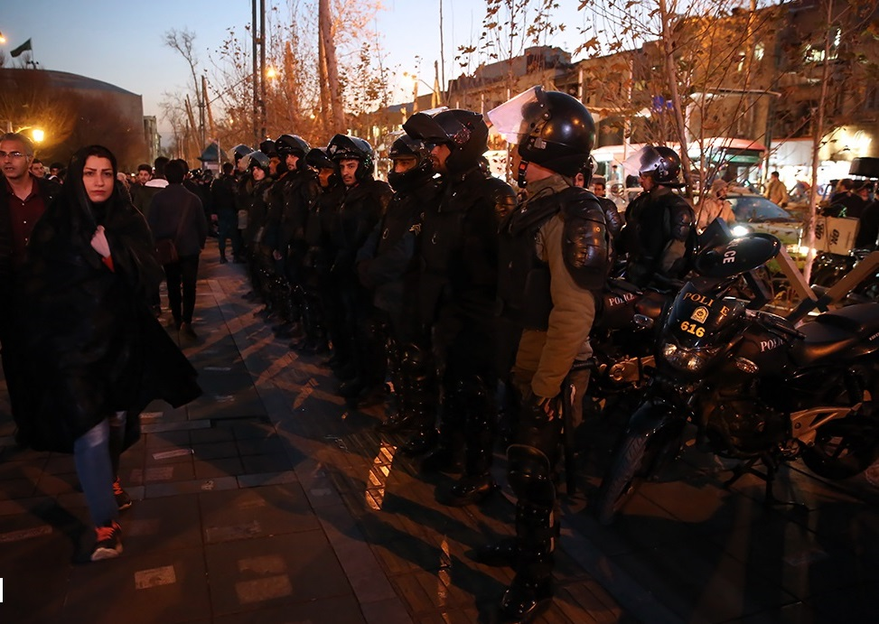 Police during 2018 Iranian protests 02.jpg