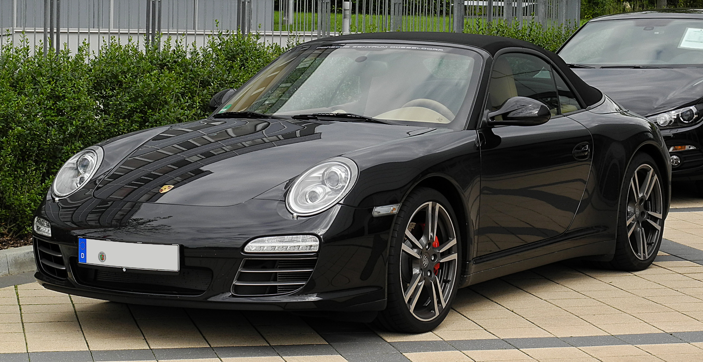 file porsche 911 cabriolet black edition 997 facelift frontansicht 2 juli 2011. Black Bedroom Furniture Sets. Home Design Ideas